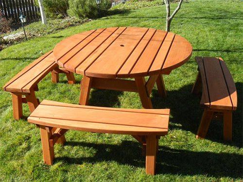 Round Redwood Table Set