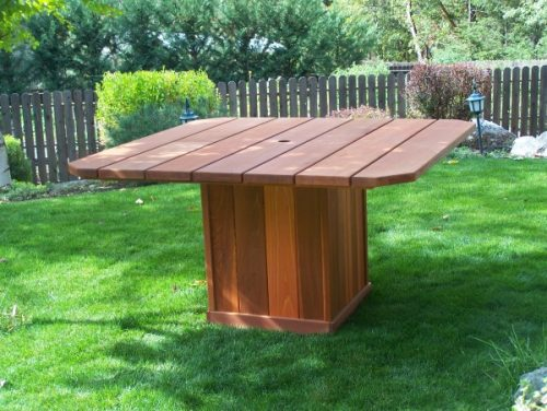 Redwood Dining Table - wind resistant